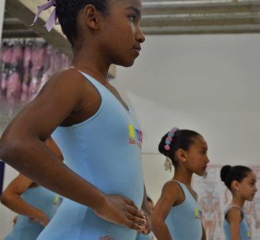 4. Aulas de Balé - Foto Ballet Paraisópolis - BALLET PARAISÓPOLIS