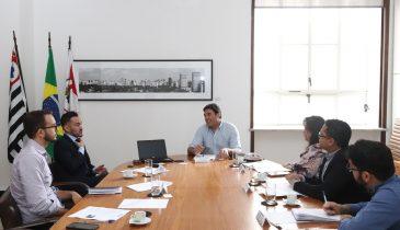 foto secretaria das relações internacionais